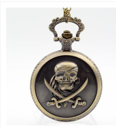 Cool Bronze ONE PIECE Pocket Watch Skull Bone Quartz Watch With Chain Gift For Christmas Birthday New Year Free Shipping PM52