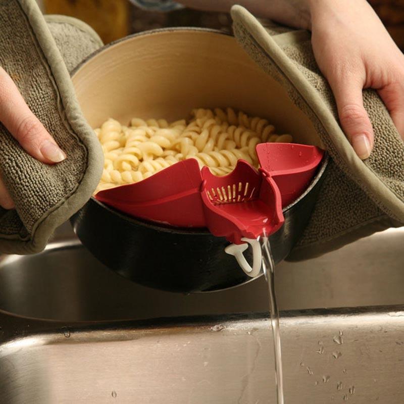 EZLIFE Plastic Clip On Spout Strainer Pour Drain Grease Batter Pan Skillet Bowl Kitchen Spout Strainer Tools Accessories CT0127