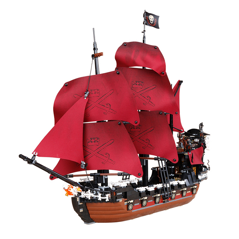 1151pcs LEPIN Queen Anne's revenge Pirates of the Caribbean Building Blocks Set Bricks Compatible Legoed 4195 lepin 16009 caribbean blackbeard queen anne s revenge mini bricks set sale pirates of the building blocks toys for kids gift