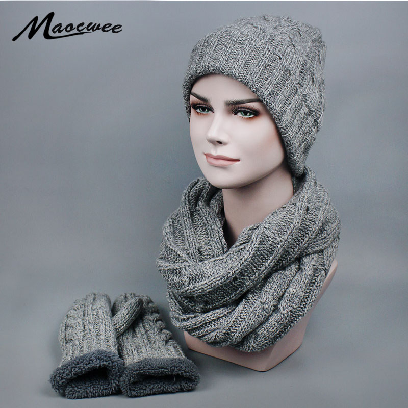 Women Men Winter Fashionable Luxury Knitted Hat And Scarf Sets And Glove Knitted Hat Cap Fleece Mask Top Bone Gorro 2017 Brand
