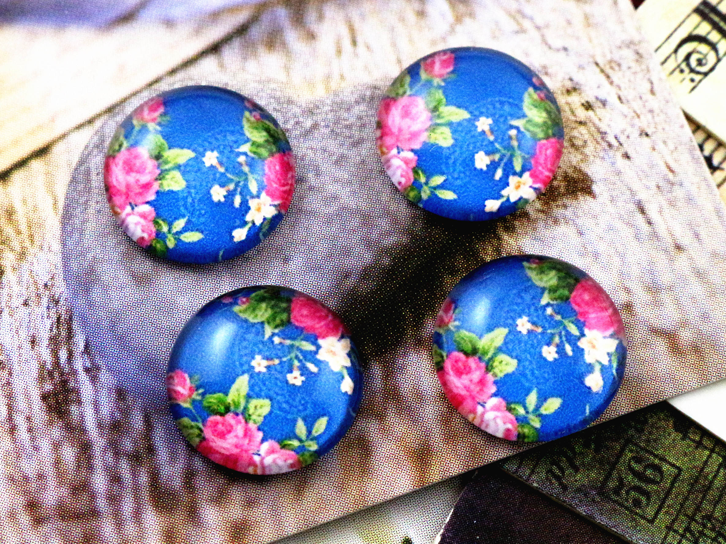 New Fashion  20pcs 12mm Handmade Photo Glass Cabochons   (E7-64)New Fashion  20pcs 12mm Handmade Photo Glass Cabochons   (E7-64)