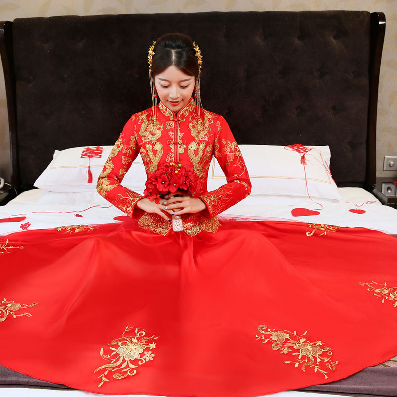 Fustani fustan qëndisje Nusja e kuqe Qipao Long Dress Cheongsam Dress kineze Dress tradicionale Rroba Chinoise China Dress Dasma QL