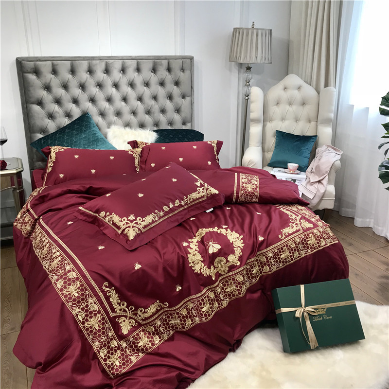 Wine Red Luxury 100S Egyptian Cotton Golden Embroidery Royal Wedding Bedding Set Duvet Cover Bed sheet Bed Linen PillowcasesWine Red Luxury 100S Egyptian Cotton Golden Embroidery Royal Wedding Bedding Set Duvet Cover Bed sheet Bed Linen Pillowcases