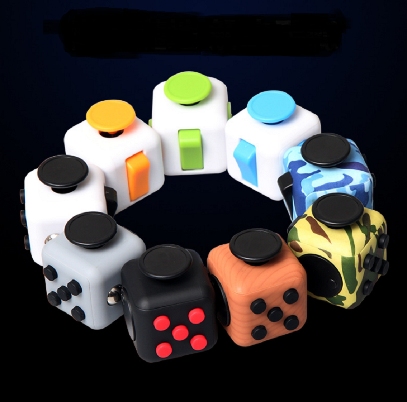 Original High Quality Fidget Cube 3.3cm Frosted Surface Silicone Buttons Camouflage Spin Toy Magic Cubes Anti Stress Relief Toys