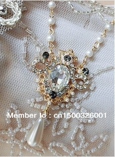 Sweet pearl diamond necklace sweater chain