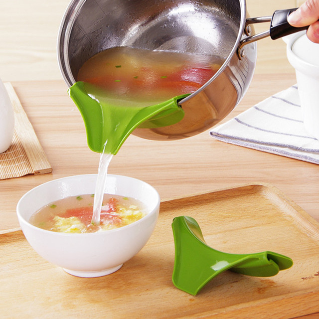 Drop shipping High quality Kitchen Funnel Tools Pots and Pans To Prevent Spills Circular Rim Deflector Liquid Silicone Funnel