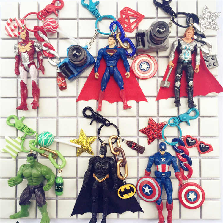 2019 New Cute Super Hero Anime Key Cover Cap Silicone Spiderman Batman Hulk Keychain Ring Women Porte Clef Iron Man Key Chain
