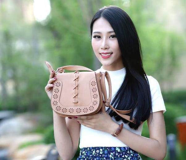 2017 High Quality hollow out Crossbody Bags Women 's Handbag Spanish Brand Women Leather Handbags Shoulder Small bag