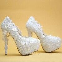 2016 Nuevo Partido de Las Mujeres PumpsWedding Zapatos de Encaje Blanco Vestido de Novia Elegante Zapatos de Plataforma de Tacón Fino Zapatos de dama de Honor