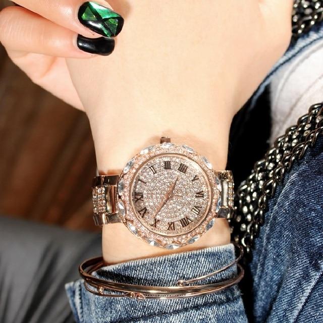2016 женщины часы люксовый бренд горный хрусталь кварцевые часы дамы наручные часы женщины моды часы алмаз часы лучшие часы