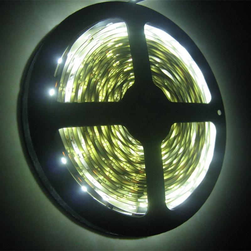 24V 3528 ledový pás 5M Nevodivé IP20 300LEDS flexibilní světlo - LED Osvětlení