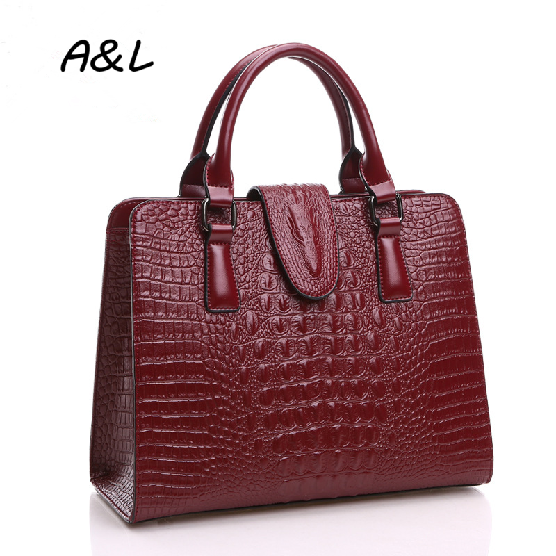 100% Genuine Leather Bag Women Luxury Brand Designer Crocodile Handbag Lady Office Fashion Casual Shoulder Messenger Bag A0036 2017 new casual snake pattern genuine leather women handbag serpentine fashion shoulder bag luxury brand designer female totes