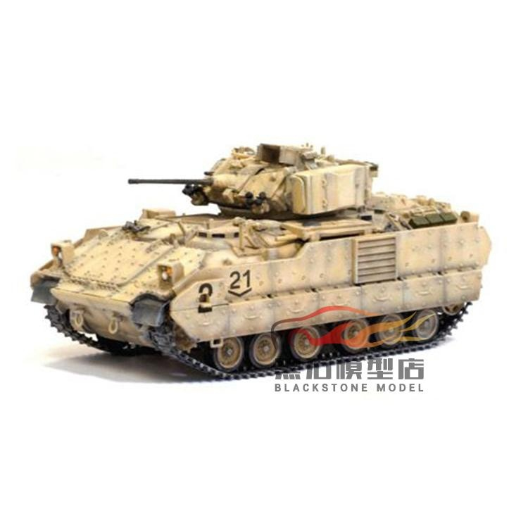 1:72 62022 M2A2 Bradley Infantry Chariot The Iraq War Tank Model rollercoasters the war of the worlds