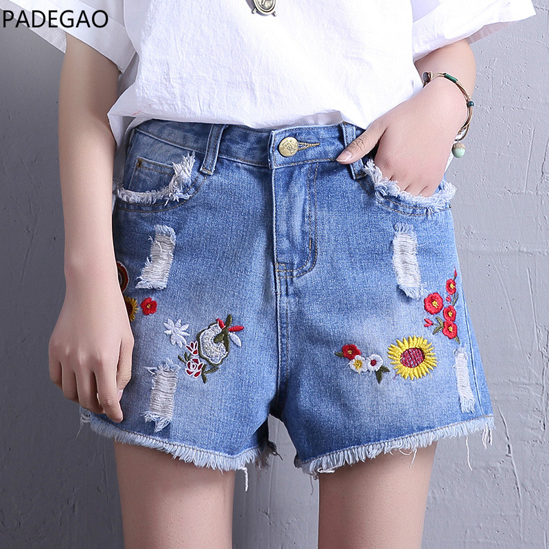 2017 New Summer Women Denim Shorts Hole Loose Burr High Waist Embroidery Rose Floral Pattern Wide Leg Cotton Casual Jeans Shorts