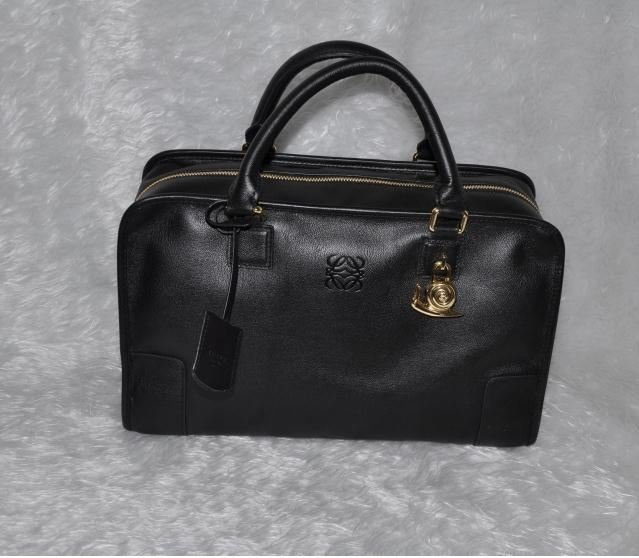 Loewe Limited Edition A Lambskin Handbag Snail After The Change Has Captured Special Price