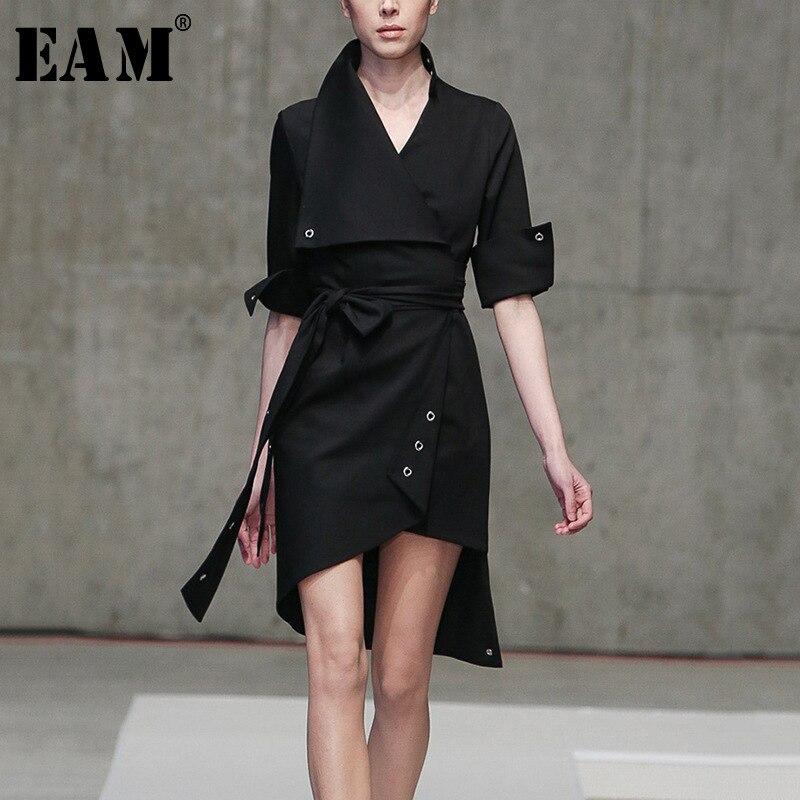 [EAM] 2018 осенне-зимнее черное платье с отложным воротником, рукав «Семь четверти», на шнуровке, асимметричное Модное Новое Женское платье LC188