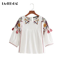La-Tee-Da!08 2017 New Embroidery Blouses Women Embroidery Shirts Lady Fashion Casual Tassel Blouses Female O-Neck Loose Vestidos