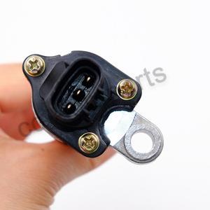 Image 4 - Speed Sensor FOR Toyota Avensis Camry Carina Celica Corolla Hilux Land Cruiser Yaris ADT37233 83181 12020 V70 72 0057