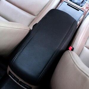Image 5 - إكسسوارات صندوق مسند الذراع المركزي من vمزق لهيونداي creta ix25 غطاء حماية من الجلد قطع غيار داخلية للسيارة 2018 2019