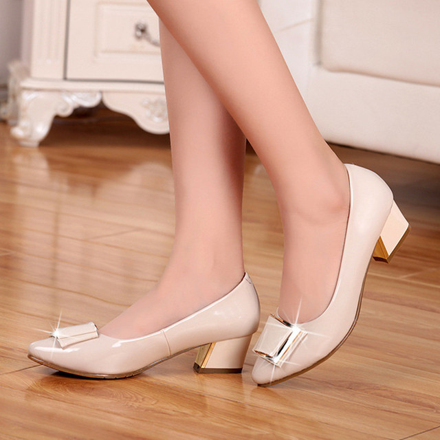 Top Quality Womens salto baixo sapatos de couro de patente 2016 respirável mulheres bombas calcanhar quadrado sapatos de trabalho de escritório Zapatos Mujer