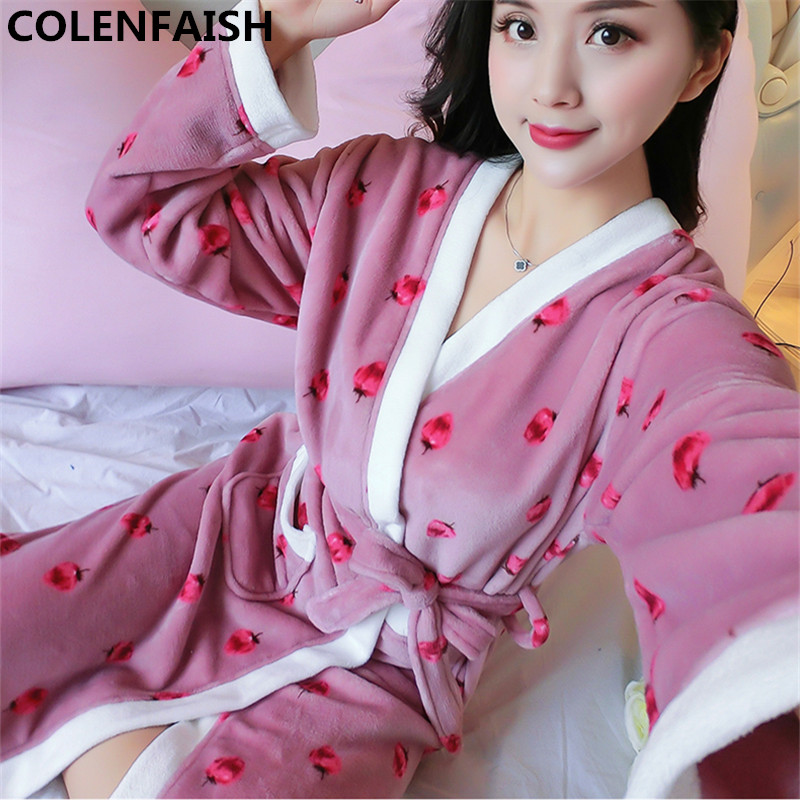 b6a8c88523 Detail Feedback Questions about Cartoon Lovely 2018 Thicken Nightgowns Winter  Bathrobe Women Pajamas Bath Flannel Warm Robe Sleepwear Womens Robes Coral  ...