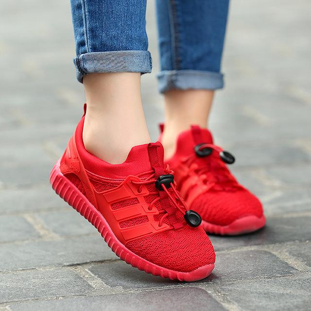 2016 de los Nuevos niños Populares Zapatos Para Niños Y Niñas Zapatos para Correr de Malla Transpirable Zapatos de Los Niños Zapatillas de Deporte Al Por Mayor