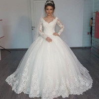 2016 Winter Ball Gown Long Sleeve Wedding Dress V Neck Floor Length Lace Luxury Bridal Gown