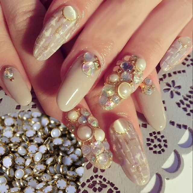 500pcs 4mm Flat Back White Nail Art Pearls Gold Metal Edging Pearls ...