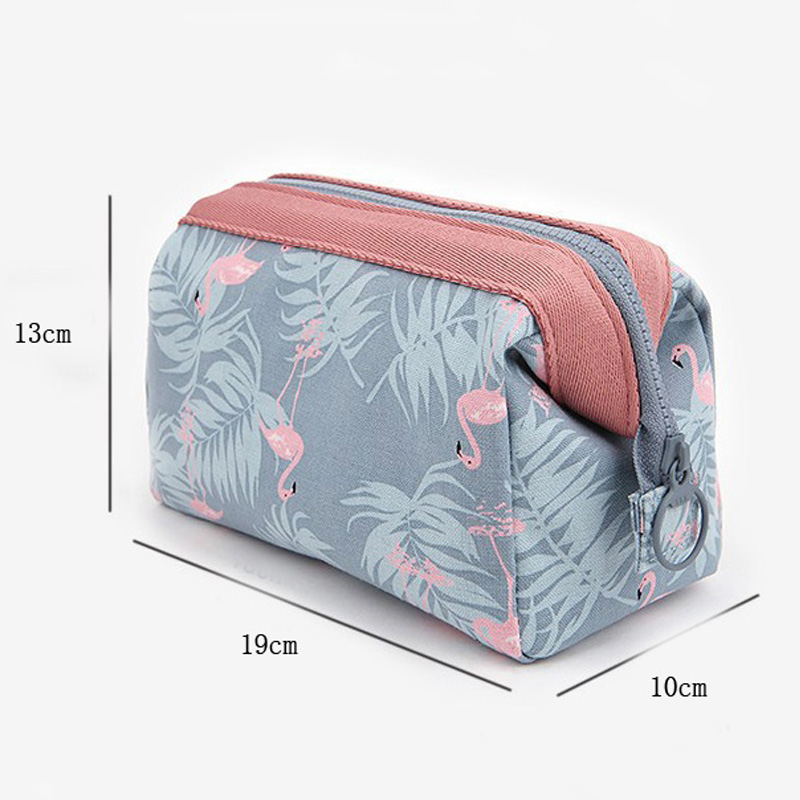 new fashion cosmetic bag Women waterproof Flamingo makeup bags travel organizer Toiletry Kits Portable makeup bags Beautician