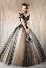 Fashion Sweetheart Black Lace Ball Gown Quinceanera Dresses 2015 Appliques Flower Beads Sequin Gowns