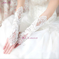 Best Sale Lace Appliqued Wedding Bridal Gloves Beaded Sequined Cotton Fingerless High Quality Gloves Bride With