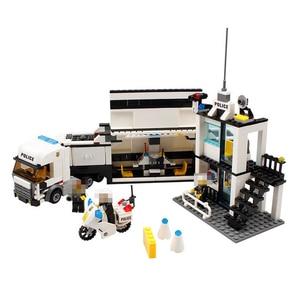 Image 5 - 511pcs Police Station Car Truck Building Blocks Bricks Educational Compatible  City Policeman Toys For Children Kids