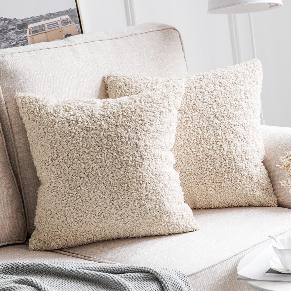 aa0bb7aa57 Decorativo Imitación Piel de lana de almohada cubre Super suave de lana  almohada casos de plumón de Fundas de cojín para sofá   45 45 cm