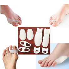 BunionCare 8 Piece Bunion Pad and Toe tool . Effective as Bunion Corrector & Toe Spacer for Big Toe and Tailor's Bunion D0149