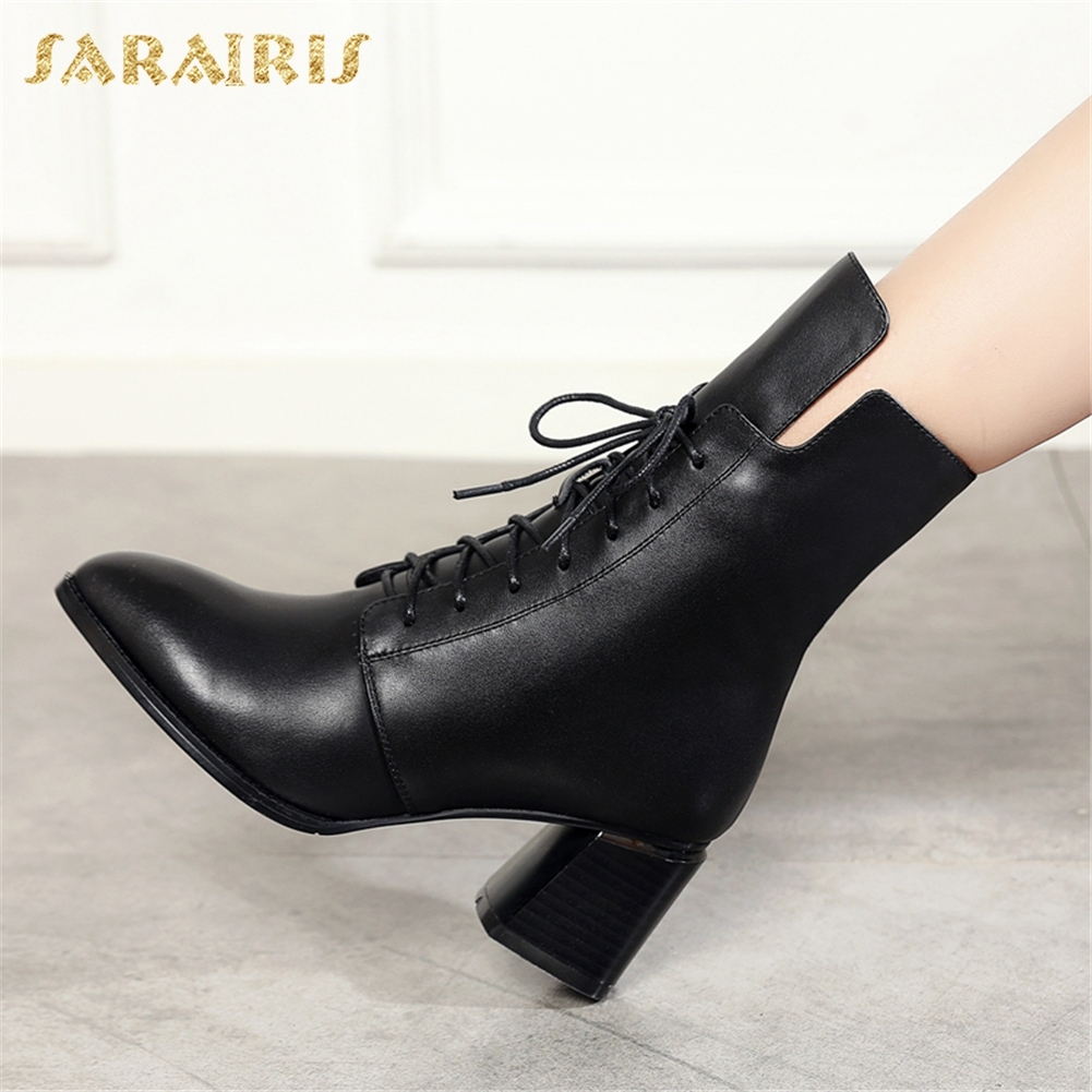 цена на SARAIRIS Genuine Leather Hot Sale Cow Leather Ankle Boots Woman Shoes Hot Sale Chunky Heels Boots Shoes Woman Size 34-40