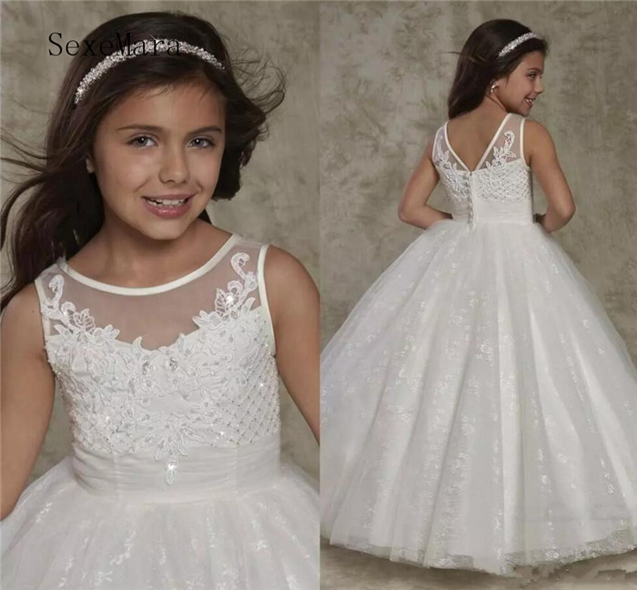 New Crew Neck Backless Flower Girls Dresses Lace Appliques Cute Toddler Little Girls Dresses Princess Button Back Formal Wear crew neck button embellished tee