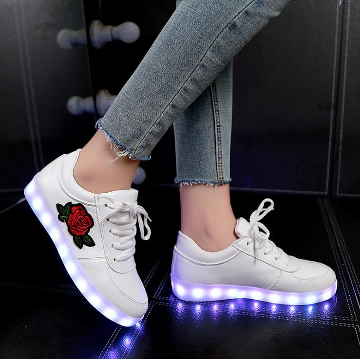 Jawaykids Fashion Rose Pattern USB Charger Sneakers Party Girls Shoes Women Glowing Sneakers Outdoor Baby Shoes Casual Shoes