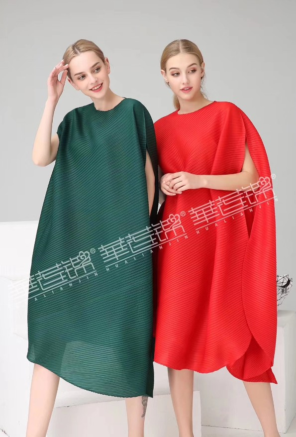 LIVRAISON GRATUITE Miyake fasion fold mode manches courtes o-cou solide 1 robe en stock