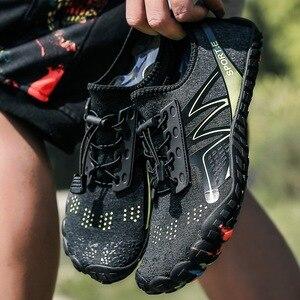 Image 1 - 夏ノンスリップ上流水耐摩耗性裸足5本の指の靴女性男性速乾屋外スニーカー