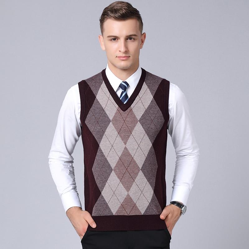 New 2018 Autumn & Winter Mens Thick Sleeveless Wool Sweater Fashion Argyle V-neck Plaid Warm Thick Sweater Vest