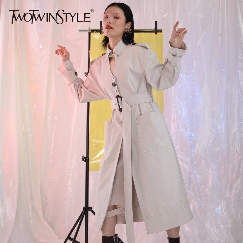 TWOTWINSTYLE Backless Coat Female Sashes High Waist Long Trench Coat 2018 Spring Fashion Womens Windbreaker Clothing New