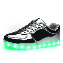 New Unisex Casual Shoes Lover Led Shoes For Adult zapatos mujer Colorful Sport Men Shoes Led luminous Shoes Man 2017 Hot As Gift
