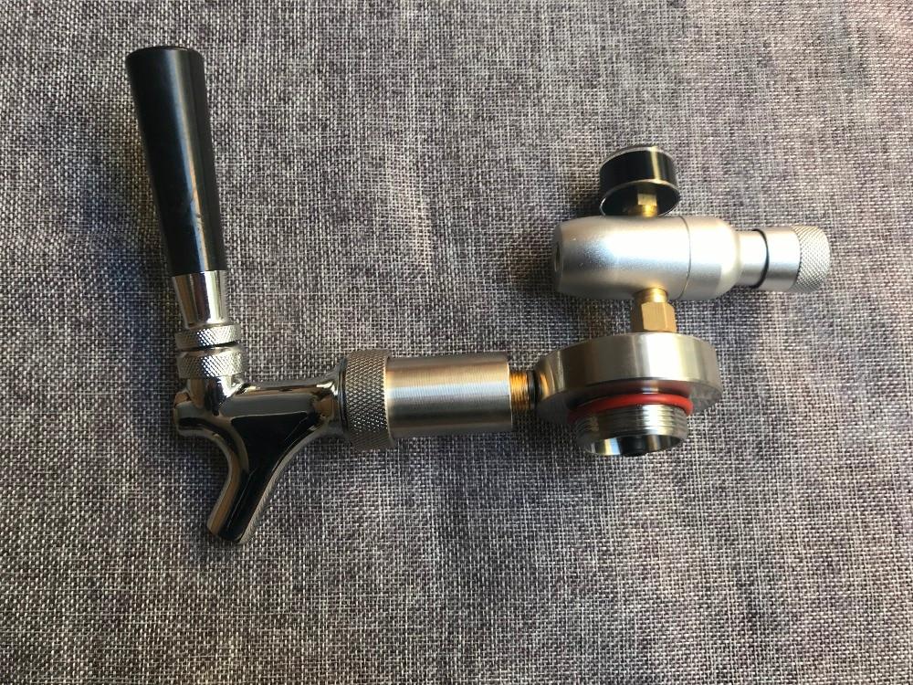 Nouveau 304 inoxydable Mini Bière Growler Spears Avec Robinet Robinet avec CO2 Injecteur Prime Pour 2L/3.6L/5L Mini-Fût de Bière Growler