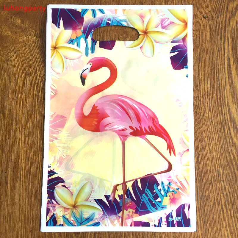 10pcs 25*15cm Flamingo printed plastic Gift Candy bags,shopping gift bag for Kids Flamingo birthday party supplies gift bags