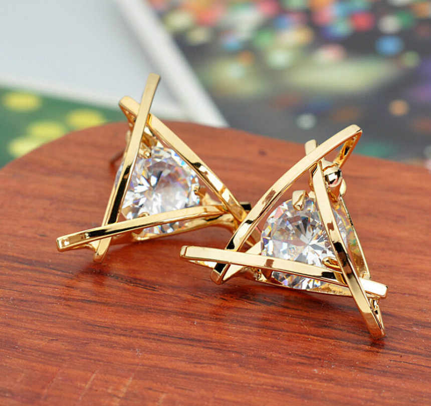 Korean Fashion Personality Exquisite Triangular Perforated Crystal Zircon Earrings Jewelry Lady Earrings Senior Jewelry Wholesal