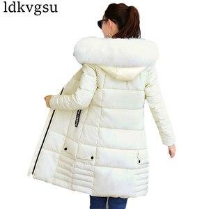 Image 5 - 2020 נשים חורף מעילים למטה כותנה ברדס מעיל בתוספת גודל מעיילי Mujer מעילי ארוך מעיל אופנה נשי פרווה צווארון מעילים a1297
