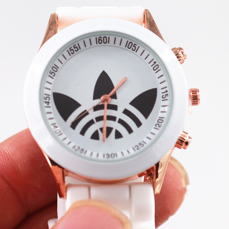woman-watch-luxury-clover-design-fashion-sport-brand-geneva-dress-watch-female-quartz-watch-bear-reloj-mujer-relogios-femininos