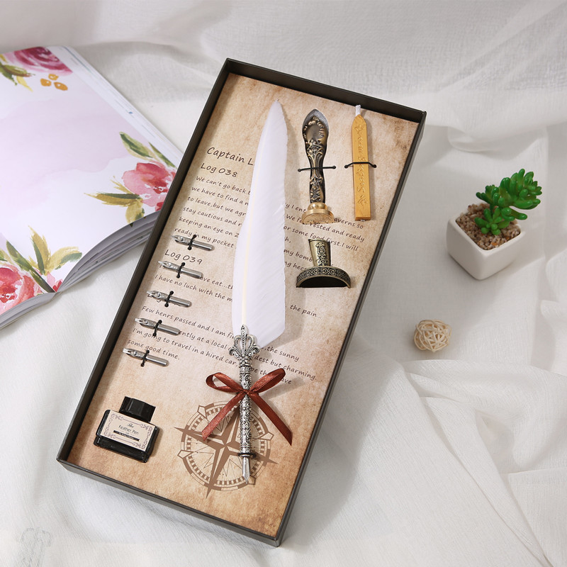 A set of English calligraphy feather pen set Writing a fountain pen Stationery gift pen box European retro goose feather pen gif