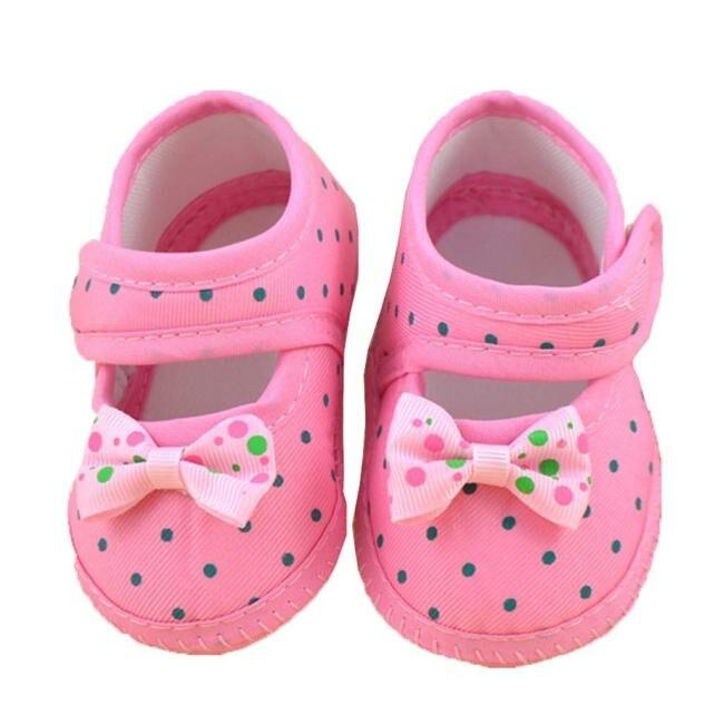 Для маленьких девочек Обувь бантом горошек печати мягкой Обувь для младенцев противоскользящие Prewalker Bebek ayakkabilari #7831 ...