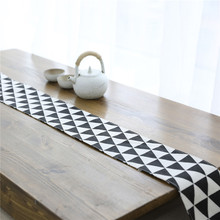 Nodic Modern Print Geometric Table Runner Flag Flannel Tea Cover Tablecloth for Diningroom Home Decor Wedding Party
